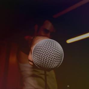 close mic